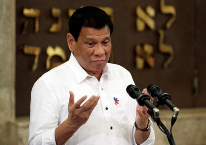 Duterte: Philippines sẽ không phản đối hành động của TQ ở Biển Đông
