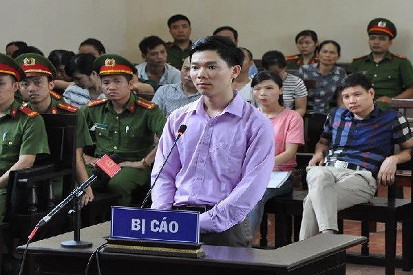 Nói lời sau cùng, bác sĩ Lương khẳng định mình vô tội