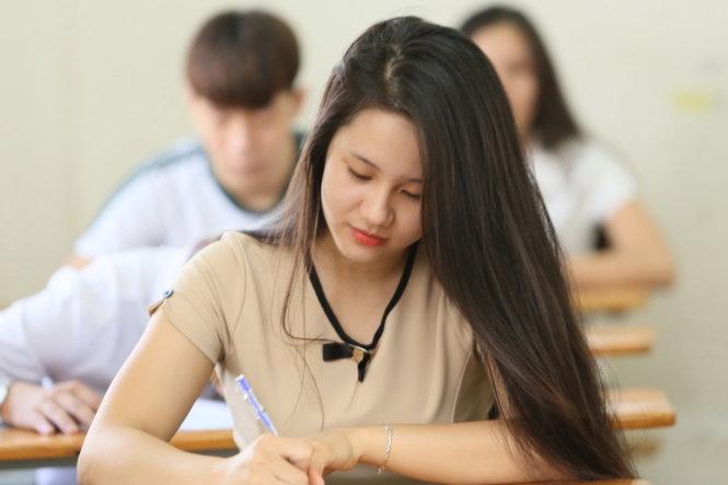 Tỷ lệ 'chọi' vào lớp 10 công lập ở Hà Nội tăng đột biến