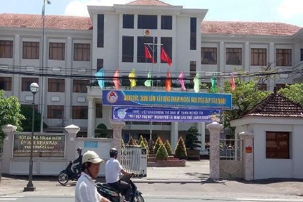 Xin chủ trương miễn nhiệm Chủ tịch UBND thành phố Cà Mau