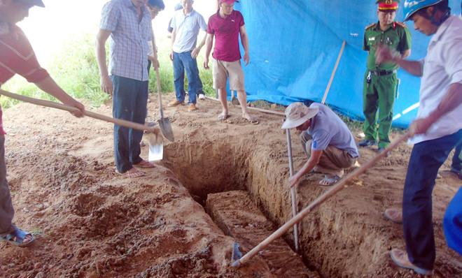 Lý do khiến gia đình nữ kế toán trưởng đề nghị khai quật tử thi